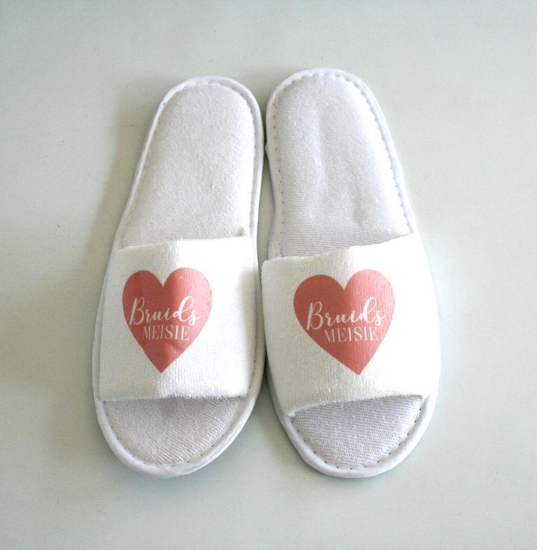 96494c8529b5 Custom Printed Slippers – HennaK